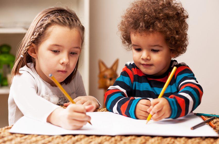 رشد هیجانی در کودکان کم شنوا