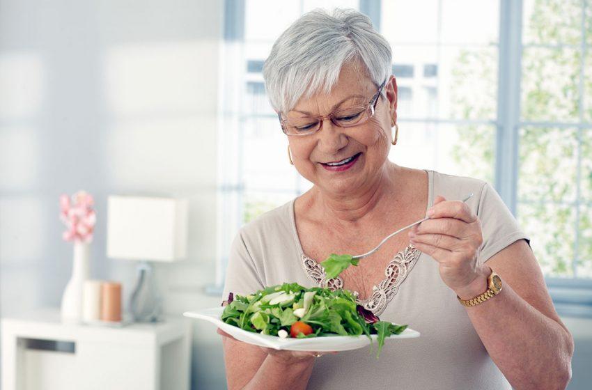 رژیم غذایی مناسب برای سالمندان چیست؟