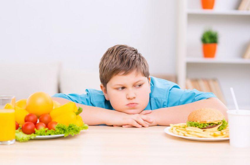 چاقی کودکان؛ خطری در کمین سلامتی آنها